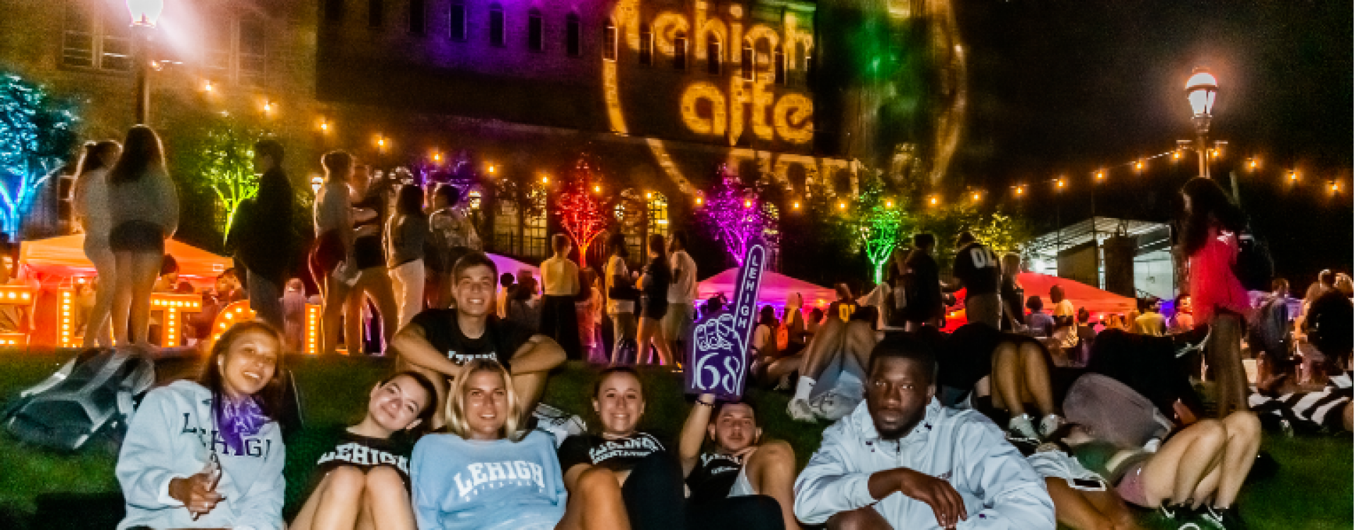 Aladdin film played on the UC Front Lawn in August 2019 to kick of LADs fall semester, and included a market on top of the lawn.
